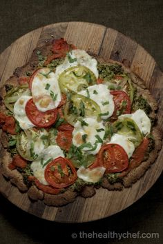 Margherita Pizza With Almond + Sunflower Crust : The Healthy Chef – Teresa Cutter (sub for clean ingredients: cheese)