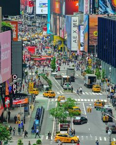 ☆C☆ New York Washington, Washington Square Park, City Aesthetic, Travel Aesthetic, Liberty Island, Visit New York City, I Love Nyc, Cities, Dream City
