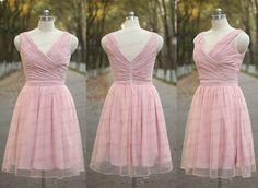 Sexy robe de bal, robe de bal rose, en mousseline de soie robe de cérémonie rose plissé à la main, robe de soirée, robe de demoiselle dhonneur, robe de soirée de mariage rose PZ10 Lien de Rush de commande : https://www.etsy.com/listing/204394416/rush-order-for-the-custom-made-dresses?  Lien dexemple FAD/couleur : https://www.etsy.com/listing/202864583/color-sampleschiffon-fabric-swatch?ref=shop_home_active_1   Lien graphique taille&#...