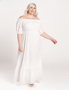 View our Dramatic Off the Shoulder Maxi Dress and shop our selection of plus size designer women's Dresses, plus size clothing and fashionable accessories. Plus Size Dresses, Plus Size Outfits, Curvy Bride, Summer Fashion Trends, Ladies Dress Design, Latest Fashion For Women, Plus Size Fashion, Dress Up, Blanket