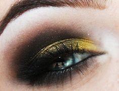 Hufflepuff eyeshadow