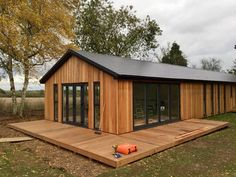 What do I need to know before building a garden room? (From Johannes van Graan)