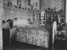 Emperor Nicholas II's bedroom, Winter Palace 1917
