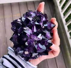 Psychic Lilly Psychic Readings by Psychic Lilly Reiki Healing PsychicLilly Crystals Minerals, Rocks And Minerals, Crystals And Gemstones, Stones And Crystals, Gem Stones, Cool Rocks, Beautiful Rocks, Healing Stones, Crystal Healing