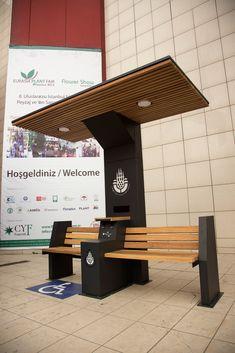 Solar Bench on Behance Bench Furniture, Urban Furniture, City Furniture, Street Furniture, Metal Furniture, Furniture Design, Concrete Furniture, Muebles Estilo Art Nouveau, Architecture 3d