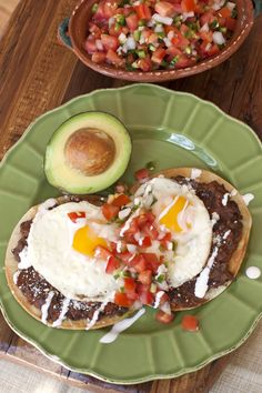 I could eat huevos rancheros for breakfast, lunch, or dinner. A classic Mexican breakfast, huevos rancheros are fried eggs served on lightly crisp corn tortillas smothered in beans or salsa. I have a thing for fried Breakfast For A Crowd, Healthy Breakfast Muffins, Breakfast Plate, Mexican Breakfast, Best Breakfast, Breakfast Recipes, Breakfast Ideas, Huevos Rancheros, Crockpot Recipes