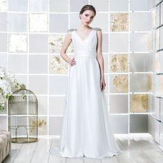 Gio Rodrigues Noura Wedding Dress beautiful wedding dress applications crystal engaged inspiration unique gorgeous elegant bride