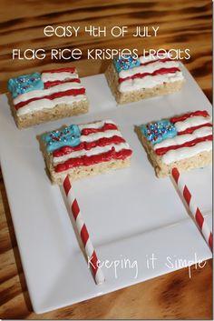 Super easy 4th of July patriotic treats: flag rice krispies treats. #4thofJuly @keepingitsimple
