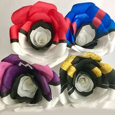 For a Pokemon Trainer, there's nothing more romantic than Pokeball roses! Capture and secure the heart of someone special to you, by throwing them a bouquet of handmade silk Pokeroses. Pokemon Gifts, Pokemon Ring, Pokemon Stuff, Pokemon Noir, Geek Wedding, Dream Wedding, Anime Gifts, Nerd Love, Bulbasaur