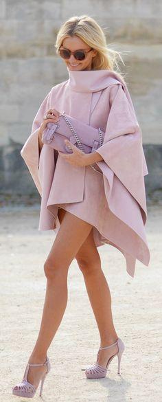 Legs & Pastel Pink