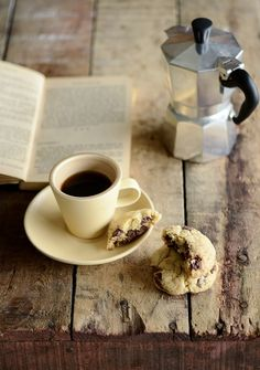 salted chocolate chip cookies - totally making these