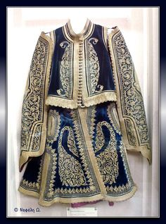 Traditional man's costume from Greek Macedonia. Late-Ottoman era, c. Greek Traditional Dress, Traditional Outfits, Greek Dancing, Greek Royalty, Blue And White Dress, Ethnic Dress, Greek Clothing, Folk Costume, Textiles