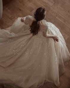 Queen Aesthetic, Classy Aesthetic, Princess Aesthetic, Ball Dresses, Ball Gowns, Pretty Dresses, Beautiful Dresses, Photographie Indie, Fantasy Gowns