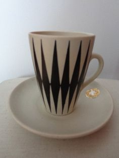 Vintage hand painted by OL/PL original manufactures sticker small production fault. Kitchenware, Tableware, Scandinavian Style, Finland, Coffee Cups, Cool Designs, Art Deco, Enamel, Mid Century