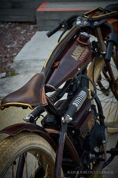 Beautiful patina. Would look even better with a rigid back end though.