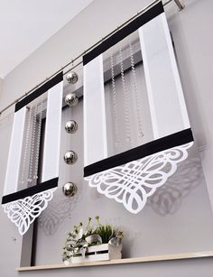 Panels, panels, screens with an openwork width cm - mieszkanie Blinds And Curtains Living Room, Bathroom Window Curtains, Wooden Front Door Design, Wooden Front Doors, Curtain Patterns, Curtain Designs, Modern Window Design, Rose Curtains, Living Room Decor Colors