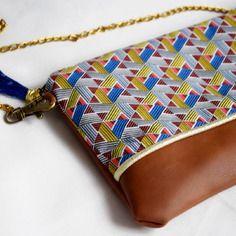 ee6acb8b55 Sac à main - pochette Mariage ethnique Graphique avec chaîne - cadeau de  noël- cadeau