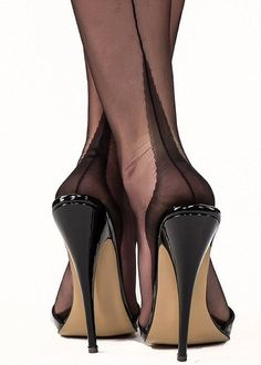 Gio Classic Fully Fashioned Point Heel Stockings #highheelslingerie #hothighheelsstockings