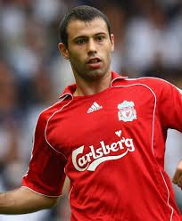 Javier Mascherano -We sold him to Brcelona when he started to lose his hair. Diego Armando, Liverpool Fc, Graphic Sweatshirt, Football, Sweatshirts, Sports, Google, Hair, Argentina