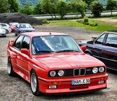 Red beauty Bmw E30 M3, Bmw M1, Bmw Alpina, Maserati, Bmw Classic, Classic Auto, Bmw M3 Sport, Ford, Sports Sedan