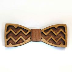 Wood bow tie... yes please!
