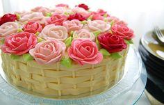 Bolos-decorados-com-rosas-01