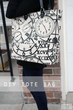 DIY Tote Bag, Great Gift Idea for friends and family, a great large size bag with 6 pockets to put all your essentials in! HandmadeintheHeartland.com