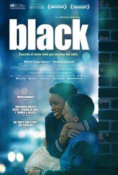 'Black: cuando el amor está por encima del odio'  Mavela tiene 15 años y es miembro de los Black Bronx. Un día conoce a Marwan, un carismático miembro de la banda rival 1080, y se enamoran profundamente. Pero la joven pareja se verá obligada a elegir entre la lealtad a su banda o el amor.  Signatura: DVD DRA bla