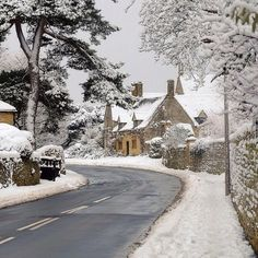 Cotswolds, England. Breathtaking.