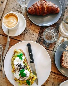 Breakfasting our way through Berlin: 1. stop at @distriktcoffee: avocado on toast croissant by @albatrossberlin @fjord.coffee & the fluffiest banana bread. #berlinberlin Croissant, Avocado Toast, Banana Bread, Berlin, Coffee, Breakfast, Ethnic Recipes, Instagram, Food