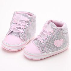 Pantofi de copii mici, model clasic, casual, cu buline si inimioare, pentru toamna, cu siret, tenisi pentru primii pasi
