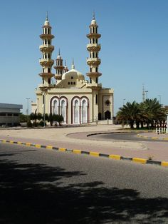 Al Usman Masjid in Kuwait
