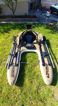 If you are a float tube fishermen, Pontoon boater, or Belly boater. Stop by and chat with others that share your enthusiasm for the sport of float tube fishing. Fly Fishing Boats, Kayak Boats, Canoe And Kayak, Kayak Fishing, Bushcraft Camping, Kayak Camping, Cool Boats, Small Boats, Shallow Water Boats