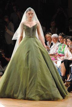Alexis Mabille's stunning bridal dress