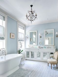 Glamour Bathroom!  Home Decor Trends!