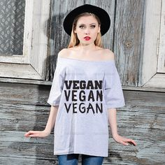 Oversize Off Shoulder T-shirt - VEGAN - Fashion Trendy Hipster Tshirt with a wide cut neck - Street Style Tee