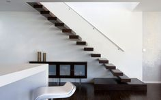 Gebrola Trappenfabrikant | Design en klassieke trappen