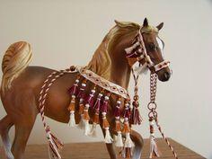 How To Make A Beaded Arabian Show Halter Diy Pinterest