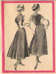 Vintage McCall's 4257 Cut Pauline Trigere  Misses by RomasMaison, $120.00
