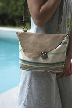 Minimal bag Leather crossbody bag Purse with flap Small