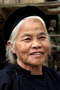 Tay woman in Tuc Nga village.  Vietnam