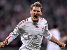 Schweinsteiger Dan Kawan Kawan Siap Tempur Di Liga Champions : Target utama Schweinsteiger adalah mempertahankan trofi Liga Champions