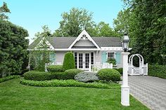 Photo: Kolin Smith   thisoldhouse.com   from How to Upgrade a Steel Lamppost