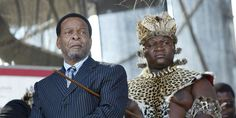 """En Afrique du Sud la question brûlante des terres du roi zoulou - Goodwill Zwelithini le monarque zoulou veut sauver les possessions terriennes de son trust dont le statut vient dêtre jugé inconstitutionnel. Il a lancé un appel à la nation zoulou face à la bataille juridique qui sannonce. - http://ift.tt/2FlnzQv - \""""lemonde a la une\"""" ifttt le monde.fr - actualités  - March 05 2018 at 10:13AM"""