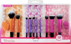 If you need to add to your current makeup brush collection or you're looking for new makeup brushes this Real Techniques Mega Set for Holiday 2016 will Makeup Guide, Makeup Tools, Makeup Stuff, Cute Makeup, Beauty Makeup, Crazy Makeup, Makeup Geek, Makeup Art, Kylie Jenner