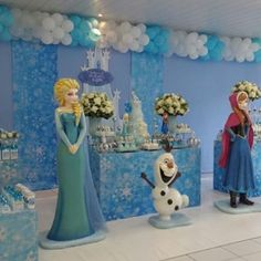Planning to throw Frozen theme party. Come & explore images, ideas and affordable packages for Frozen theme decoration. Birthday Party Planner, Frozen Birthday Theme, Elsa Birthday, Frozen Theme Party, Small Birthday Parties, Girls Birthday Party Themes, 50th Birthday Party, Birthday Party Decorations, Frozen Disney