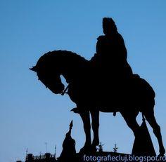 Silhouette of Mathias Rex, statue by Fadrusz Janos (1902) - Fotografie Cluj by BLucian