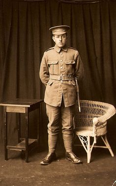 british soldier ww1 by thardy1, via Flickr
