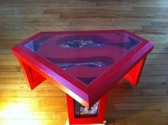 Superman coffee table with glass top and comic book por GuidroZart Comic Book Rooms, Comic Room, Logo Superman, Superman Room, Superman Stuff, Batman, Nerd Room, Book And Frame, Glass Top Coffee Table