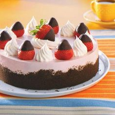 Chocolate-Dipped Strawberry Cheesecake